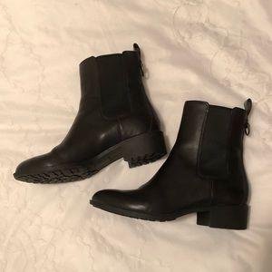 Cole Haan, EUC Waterproof Chelsea boots, 7 ½